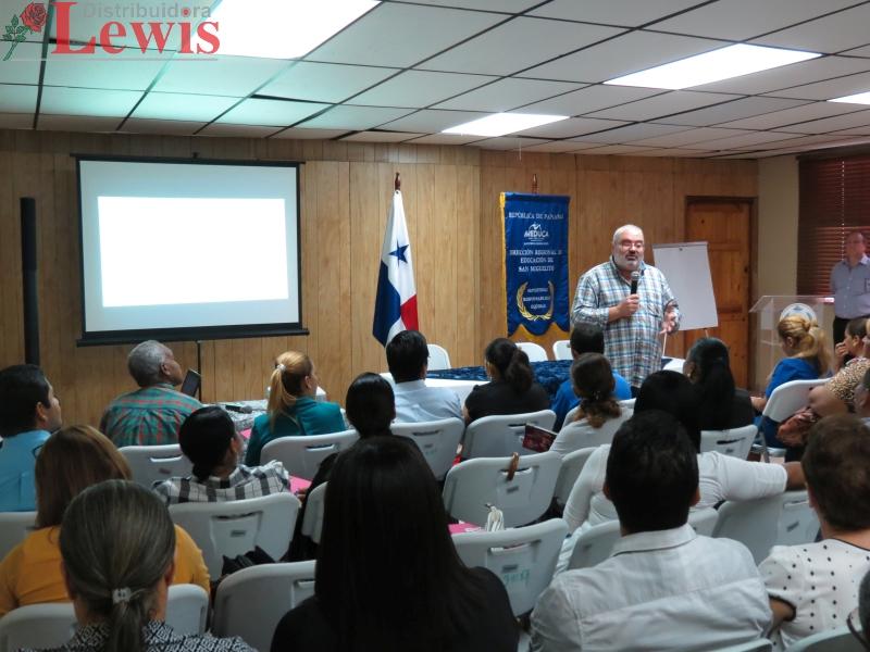 Presentación de El Método ABN a docentes del área de SanMiguelito